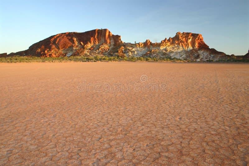 陆运岩石被烘的范围 库存照片