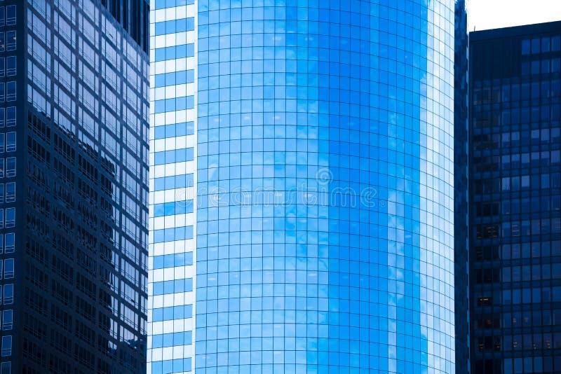 降低曼哈顿镜子摩天大楼纽约 免版税库存照片