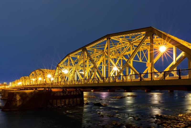 降低特伦顿桥梁在黎明 库存图片