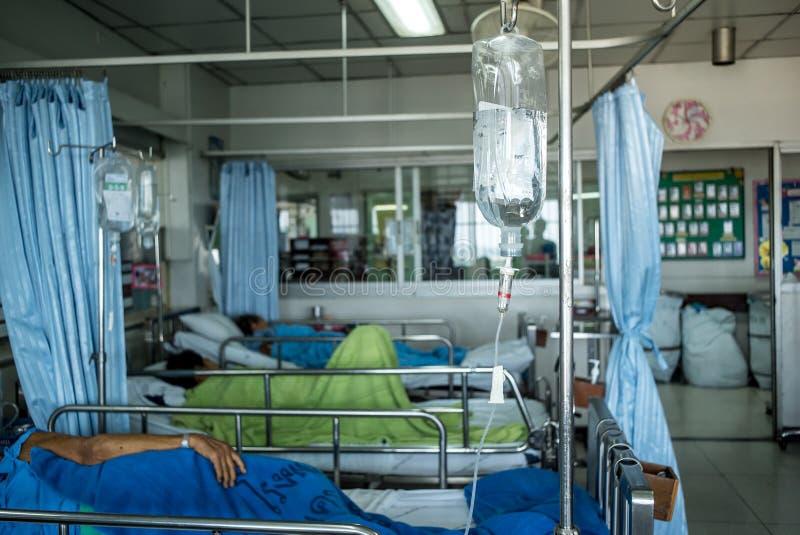 医院轻便小床的患者 免版税库存图片