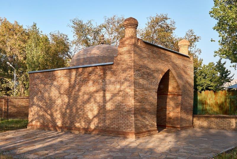 陵墓Karahana 一个丝绸方式哈萨克斯坦 库存照片