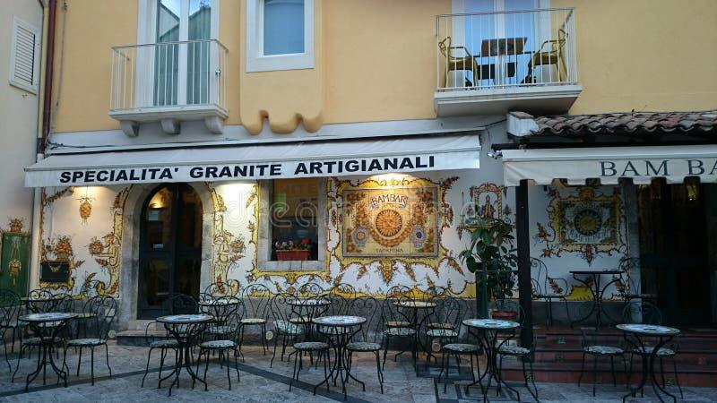 陶尔米纳餐馆意大利 免版税图库摄影