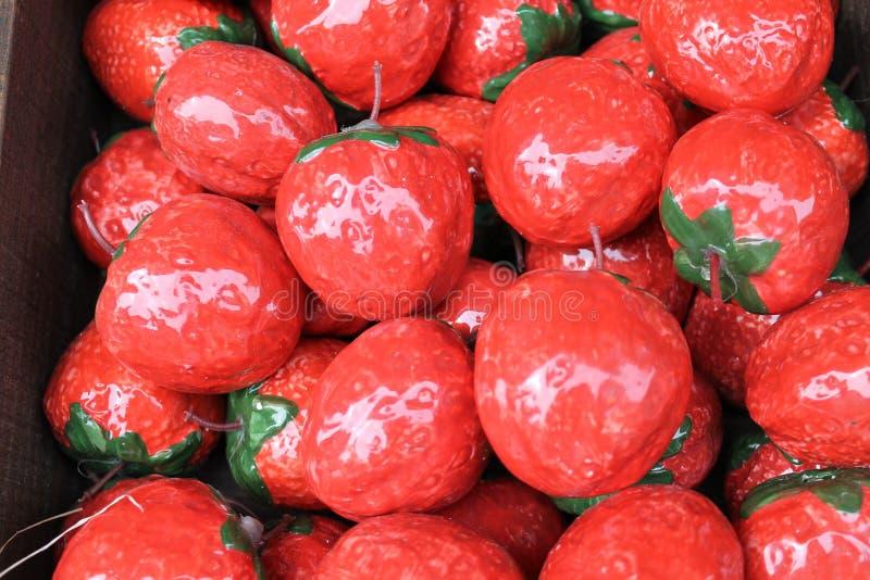 陶瓷草莓 免版税图库摄影