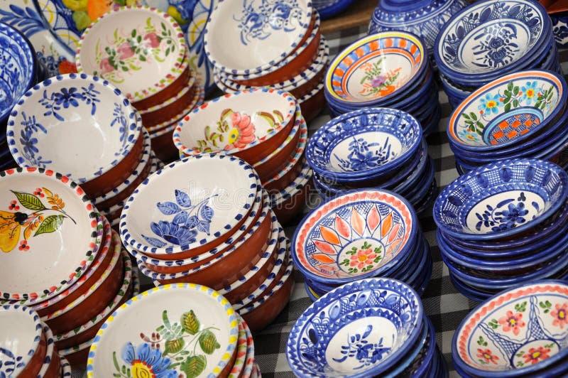陶瓷葡萄牙茶碟 免版税库存照片