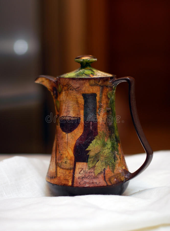 陶瓷decoupage窗框 免版税图库摄影