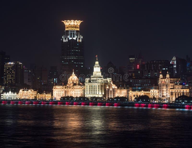 障壁的地平线在上海在晚上 库存照片