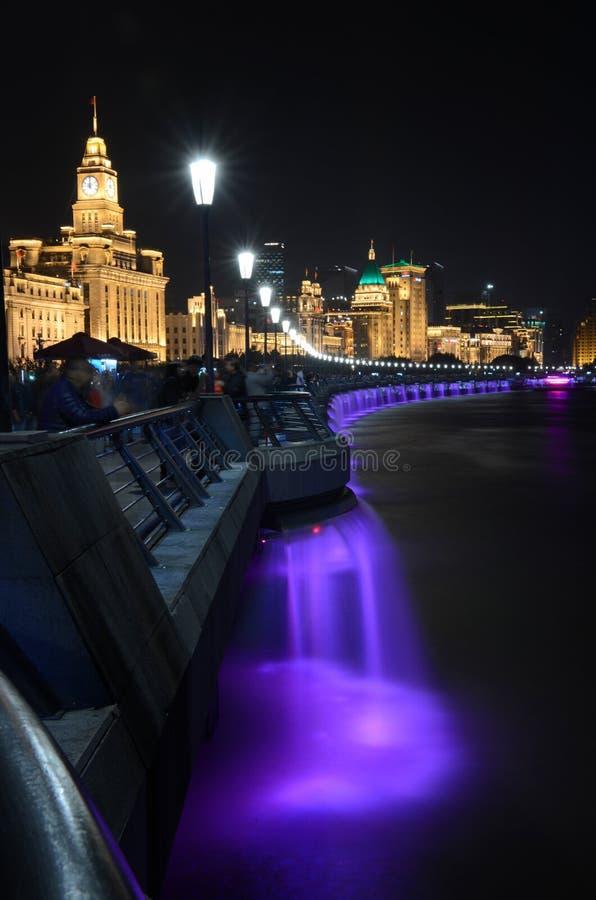障壁的夜景在上海 图库摄影