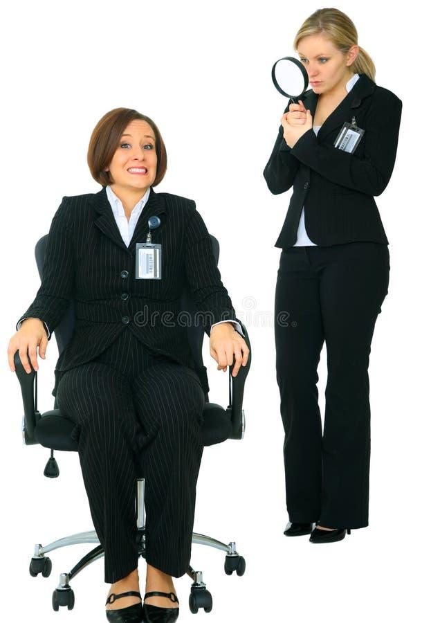 难受害怕雇员的调查员 免版税库存照片