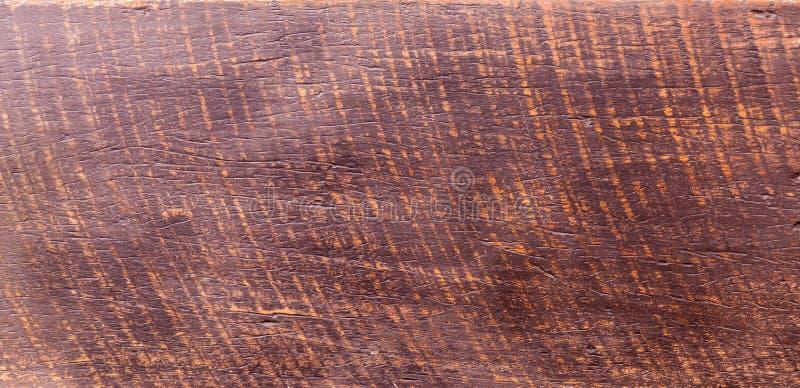 难看的东西表面土气木台式视图 与老自然样式的木纹理背景表面 热带红木 图库摄影