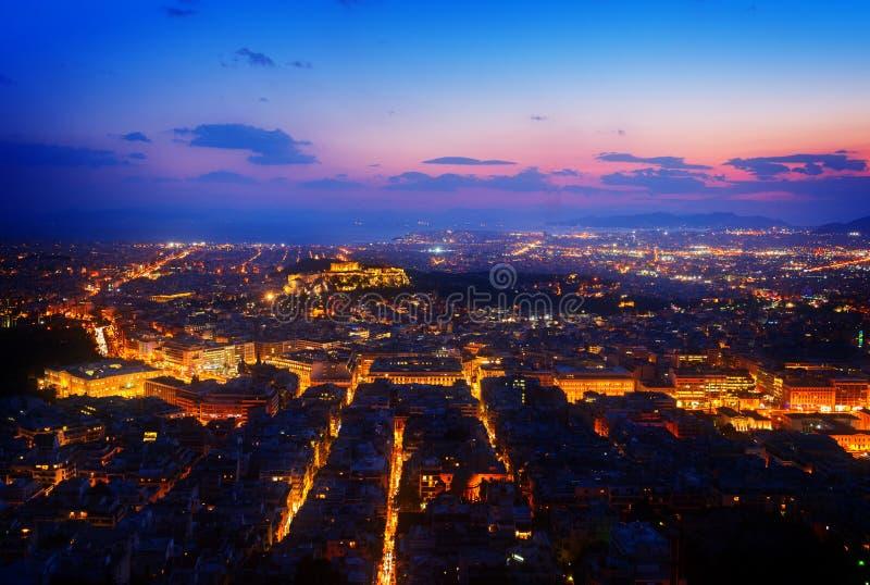 雅典在晚上,希腊都市风景  库存图片