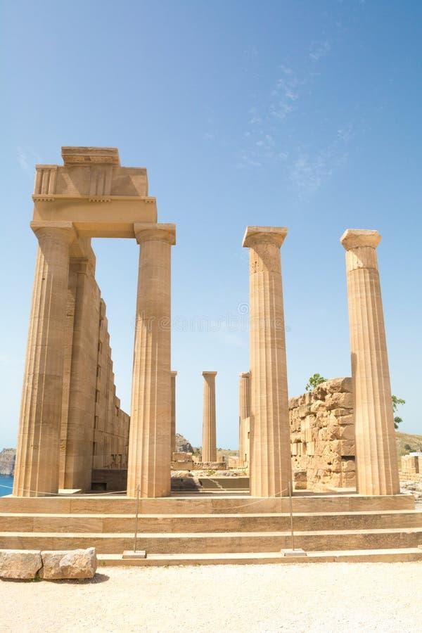 雅典娜Lindia一个古庙的废墟Lindos的在罗得岛希腊海岛上  库存图片