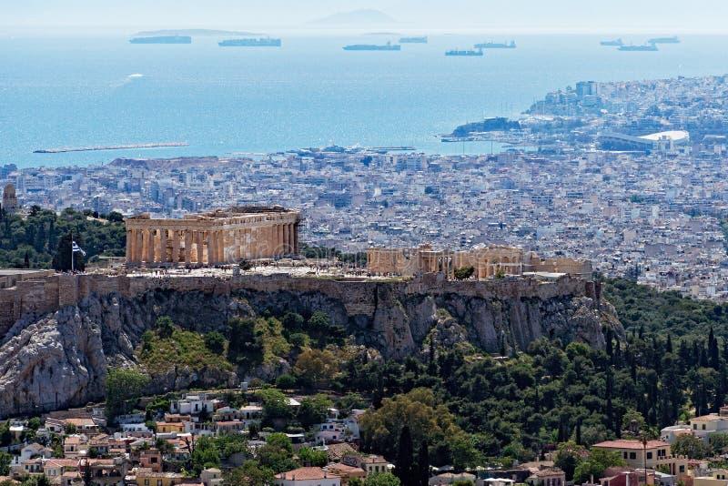 雅典市和上城看法从吕卡维多斯,希腊 免版税图库摄影