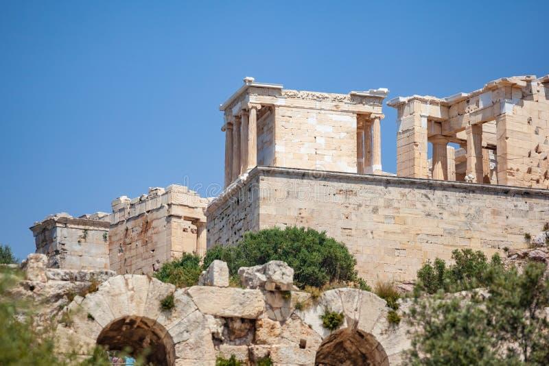 雅典,希腊- 25 04 2019年:帕台农神庙寺庙在上城在雅典,希腊 免版税库存图片