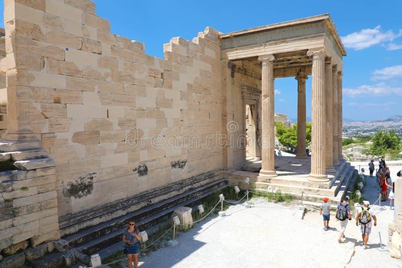 雅典,希腊- 2018年7月18日:Erechtheum在A的寺庙废墟 免版税图库摄影