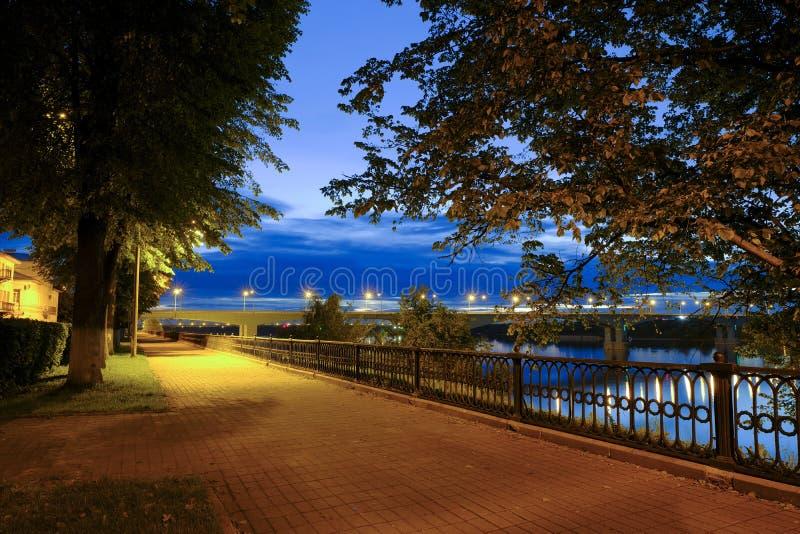 雅罗斯拉夫尔市夜 免版税库存图片