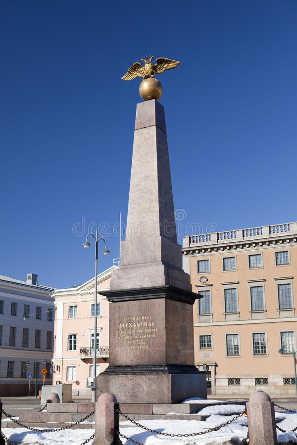 集市广场和女皇严厉的方尖碑, 1835 赫尔辛基,芬兰 免版税库存图片