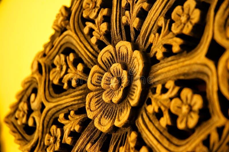 雕刻印地安人木头 免版税图库摄影