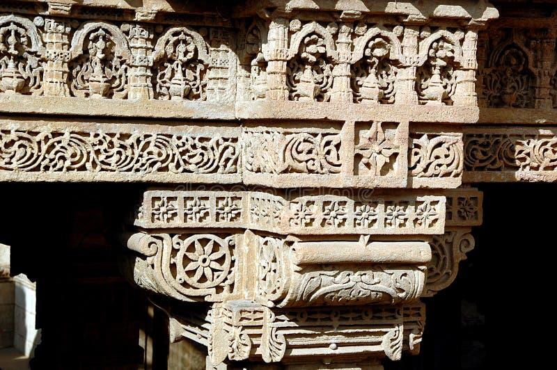 雕刻柱子石头 库存照片