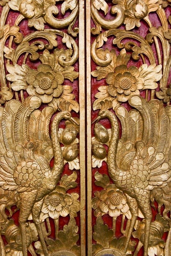 雕刻门印度尼西亚masceti pura的巴厘岛 免版税库存图片