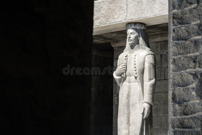 雕塑在彼得彼德洛维奇Njegos陵墓 库存图片
