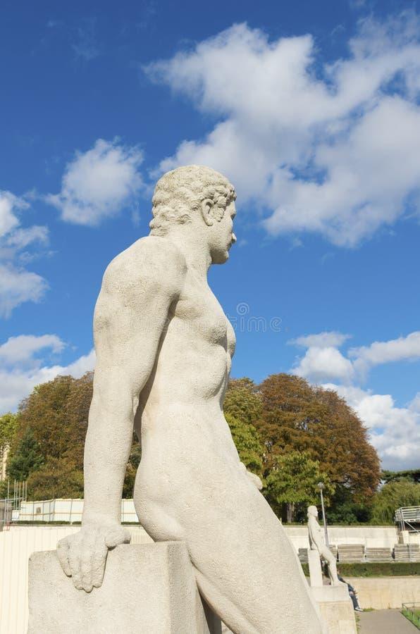 雕塑在巴黎 库存图片