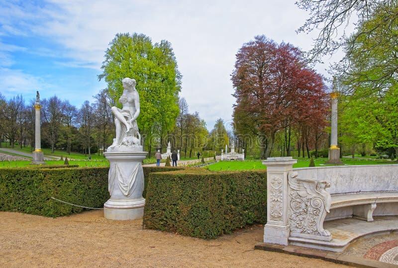 雕塑在Sanssouci公园在波茨坦 库存图片