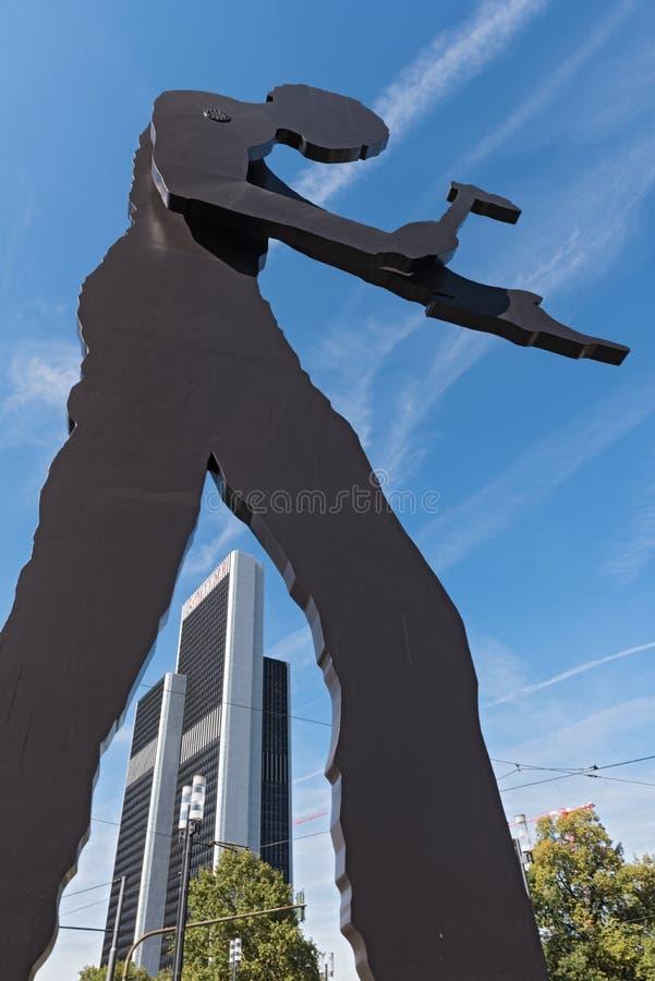雕塑,锤击人,由borofsky的乔纳森, nea设计了 库存图片