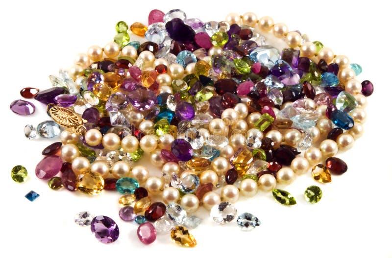 雕琢平面的宝石珍珠 免版税库存照片