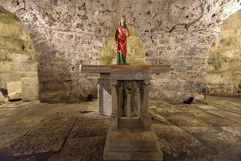 雕象在土窖,分裂,克罗地亚 免版税库存照片