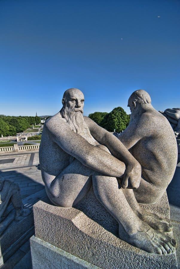 雕象在奥斯陆公园  图库摄影