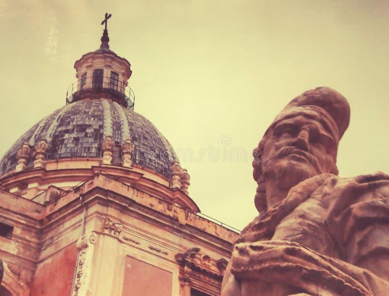 雕象在巴勒莫意大利 库存图片