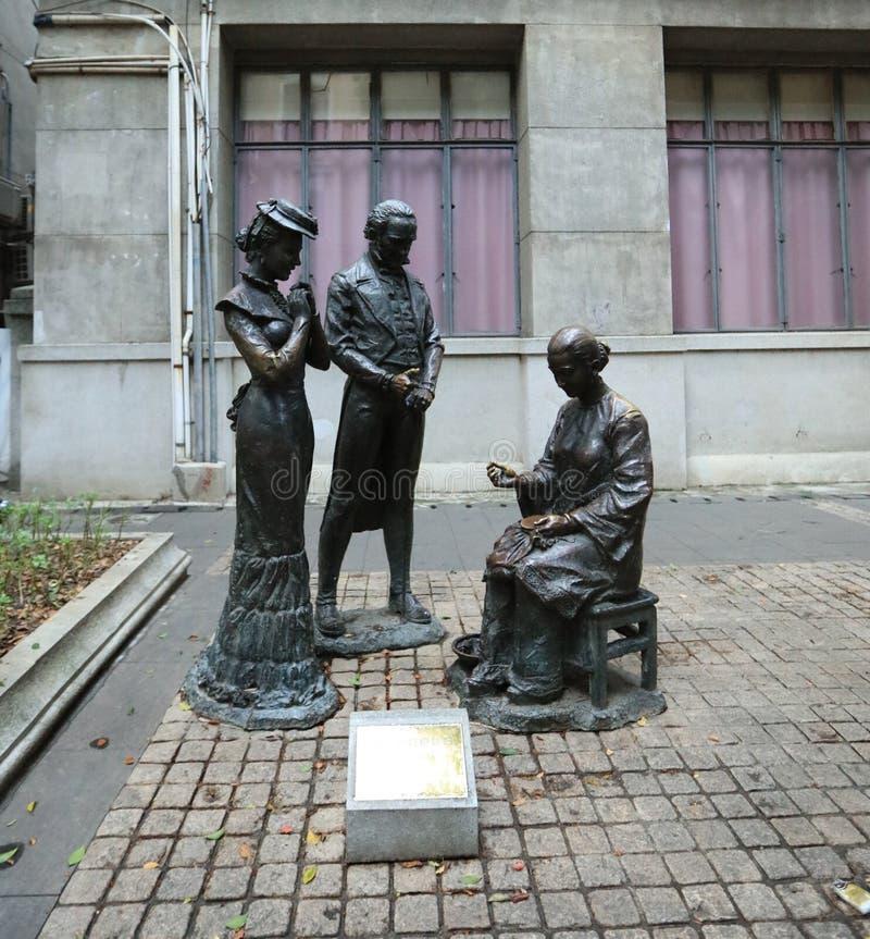 雕象在广州-广东-中国的沙面岛 免版税库存照片