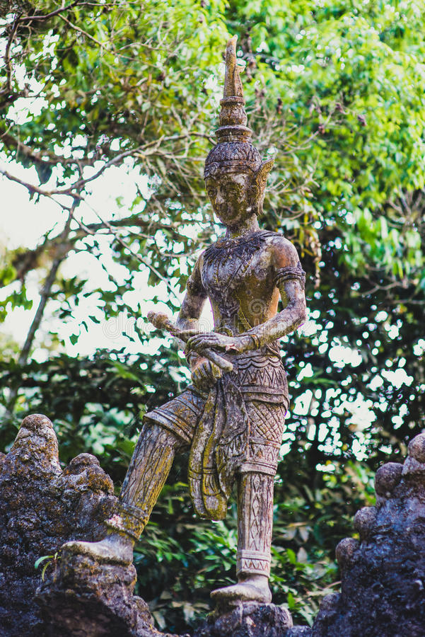 雕象在菩萨魔术庭院 图库摄影