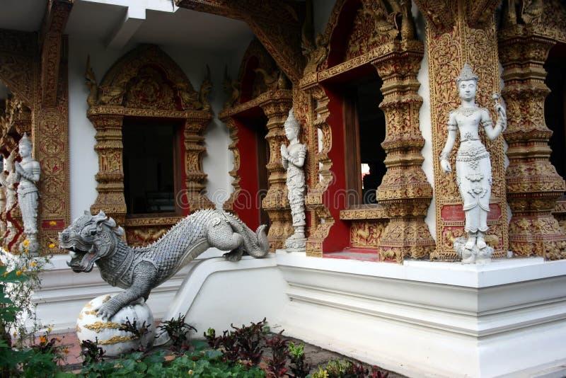 雕象寺庙 图库摄影