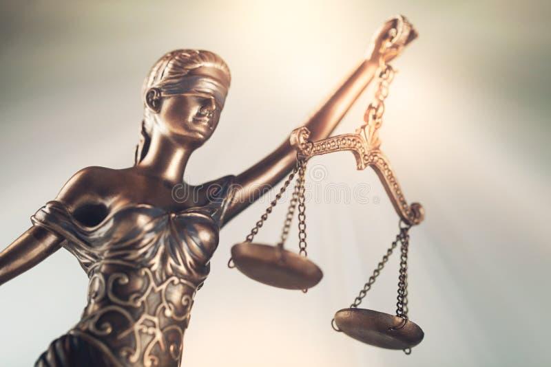 雕象正义 免版税库存照片