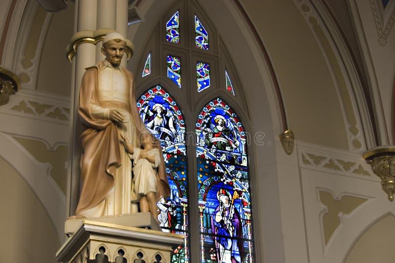 雕象的大教堂 免版税库存图片