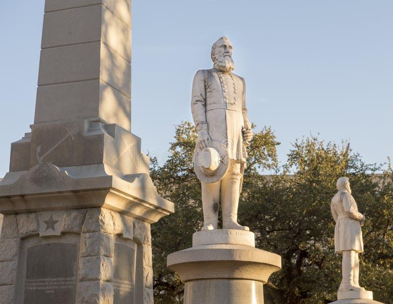 雕象石墙杰克森,同盟战争纪念建筑将军在达拉斯,得克萨斯 库存照片