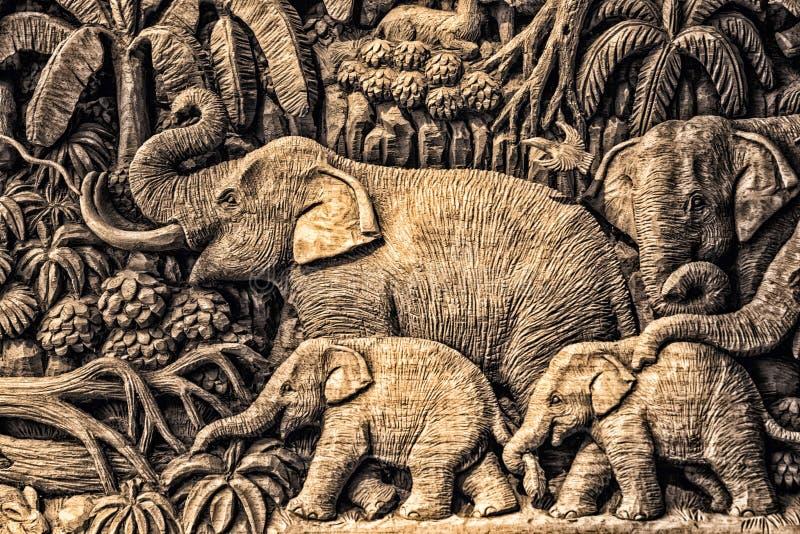 雕刻大象 图库摄影