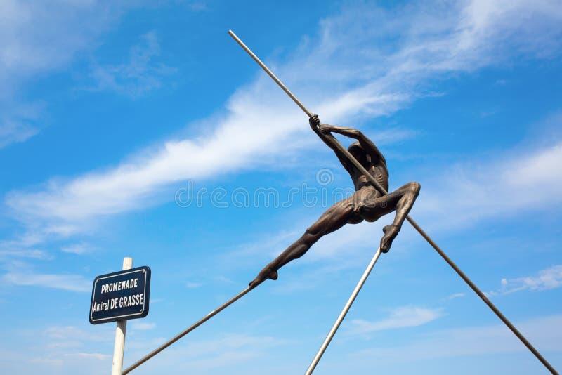 从雕刻家尼古拉斯Lavarenne的铜雕塑在安地比斯,法国 图库摄影