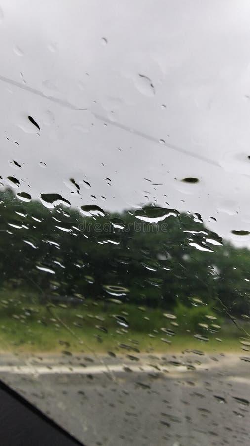 雨,雨消失 库存照片
