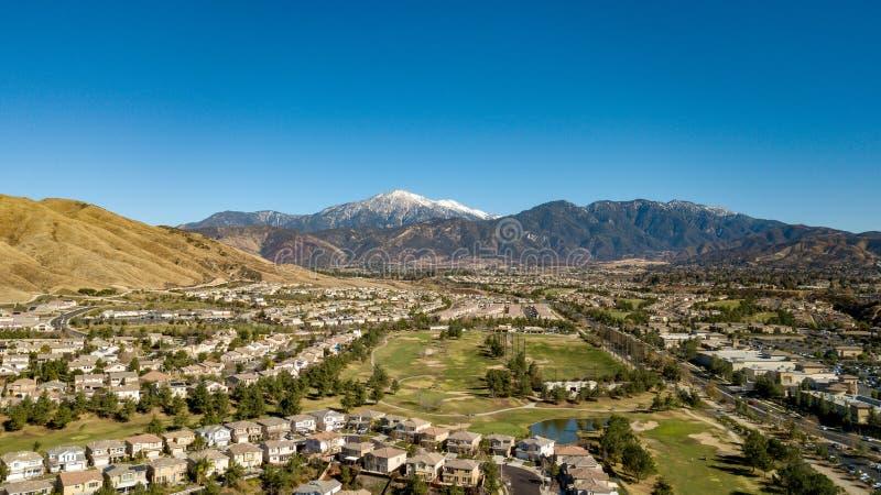雪加盖的登上圣戈尔戈尼奥,圣贝纳迪诺山,南加州 免版税库存图片