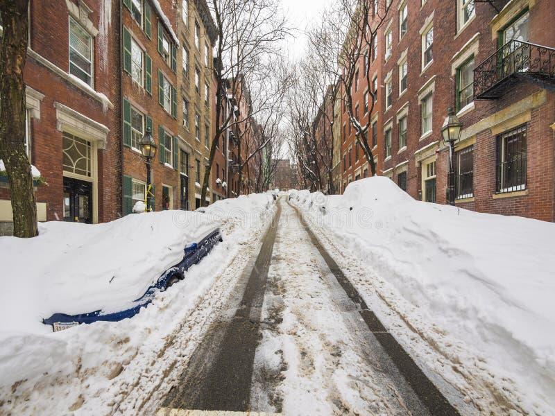 雪和停车处在波士顿 免版税库存图片