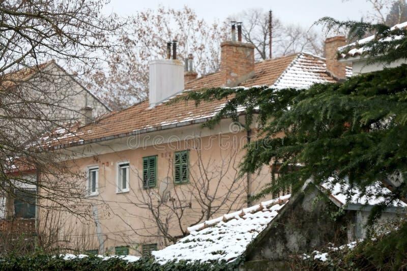 雪在Sinj,克罗地亚 免版税库存照片