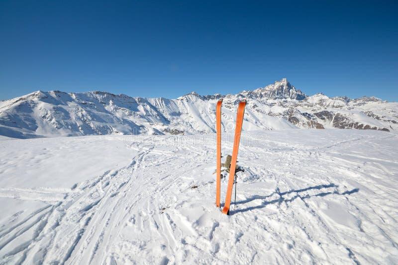 滑雪游览设备 库存照片