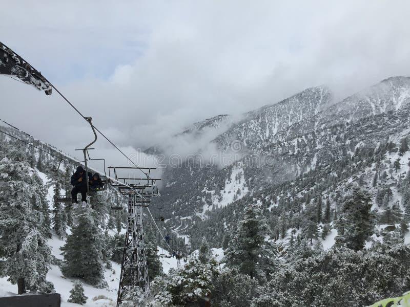 滑雪电缆车天堂 图库摄影