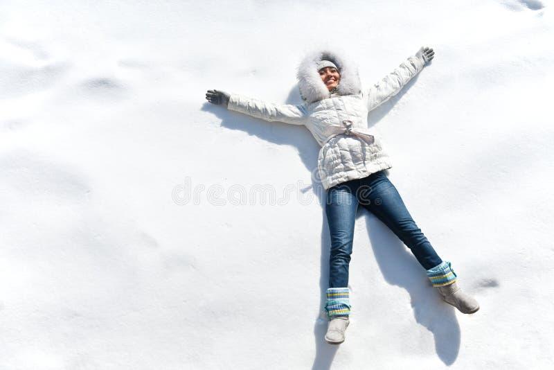 雪的妇女 库存照片