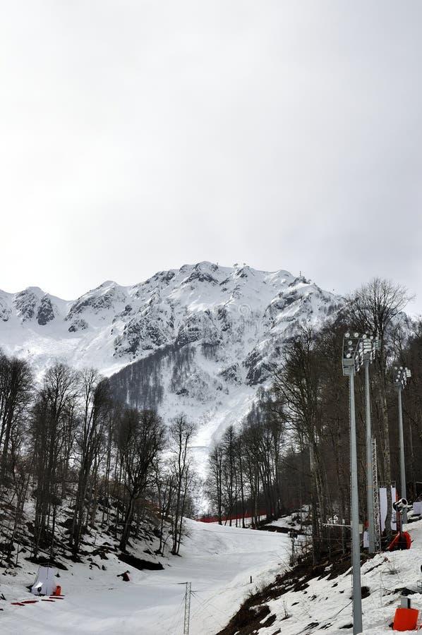 滑雪胜地罗莎Khutor倾斜在索契,俄罗斯 免版税库存图片