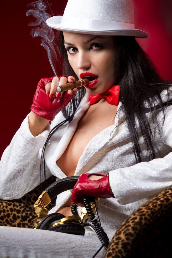 雪茄时装模特儿 库存图片