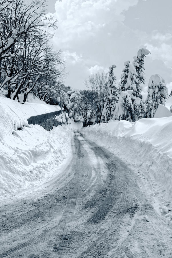惊人的雪道 图库摄影