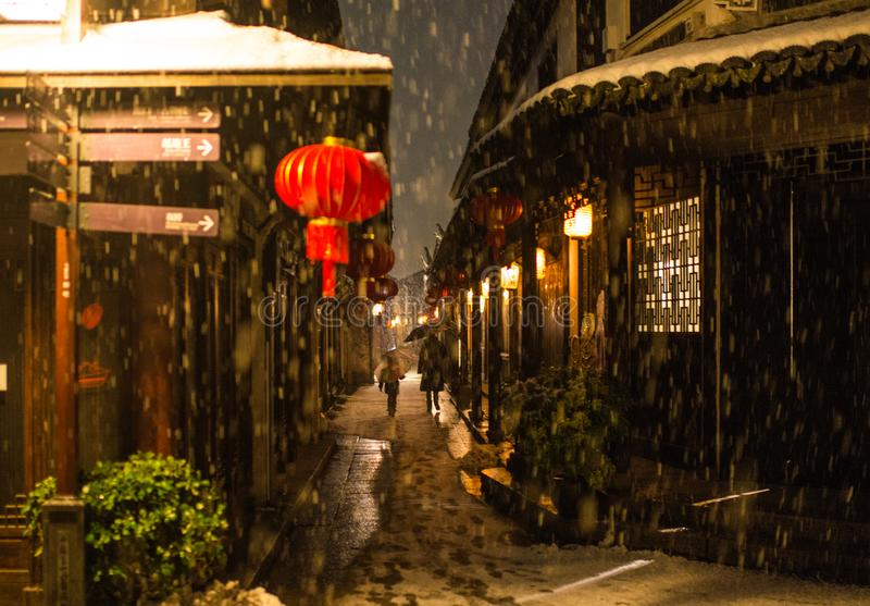 雪黑暗的安静的中国古老水镇村庄,周庄,苏州 免版税库存照片